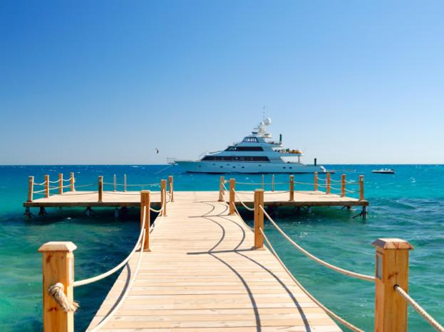Phuket Luxury Yacht Charter